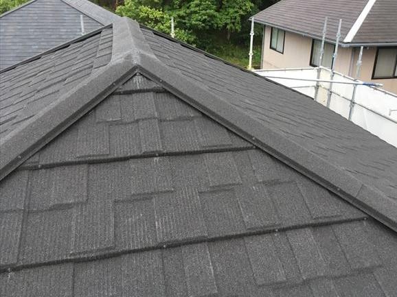 石粒付き金属屋根材