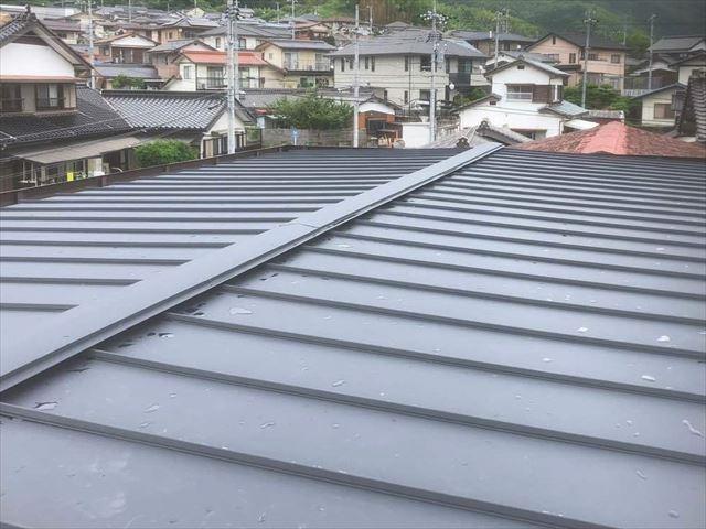 屋根葺き替え施工後のエスジーエルの屋根