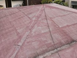 経年劣化したアスファルトシングル屋根