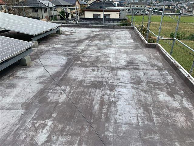 屋上のシート防水の色褪せ