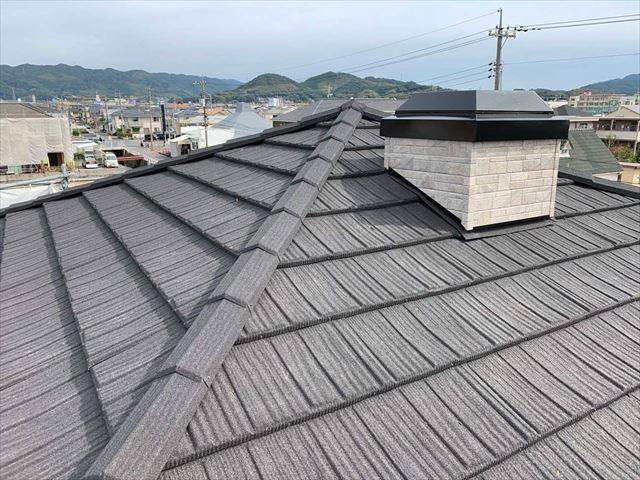 屋根材コロナを施工後の屋根