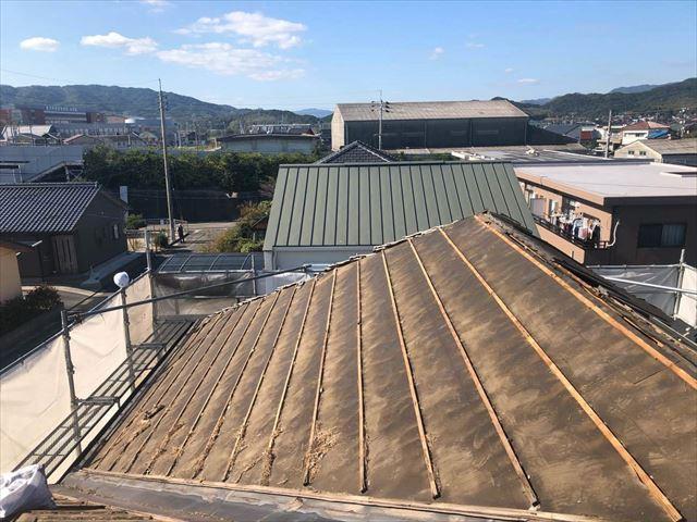 屋根の瓦桟