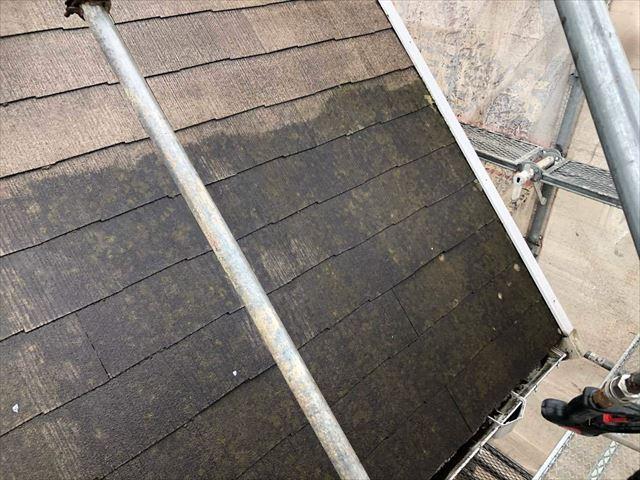スレート屋根の汚れ