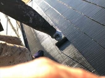 ローラーで屋根塗装