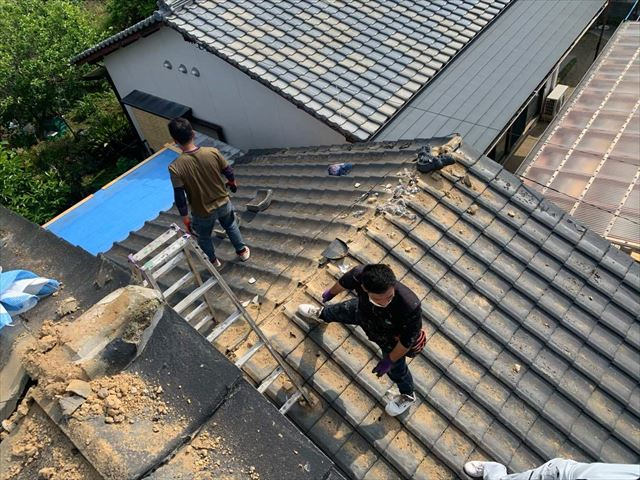 屋根材の撤去