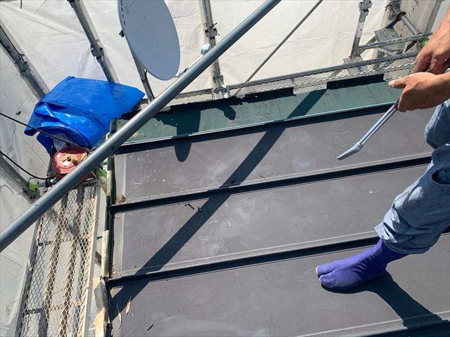 光市にて雨漏りで屋根修繕が必要な屋根を葺き替える屋根リフォーム
