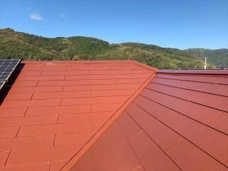 塗装したスレート屋根