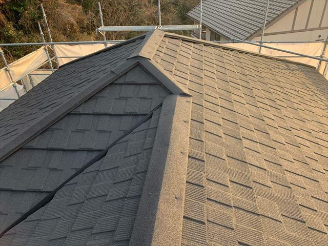 屋根カバー工法を施工した屋根