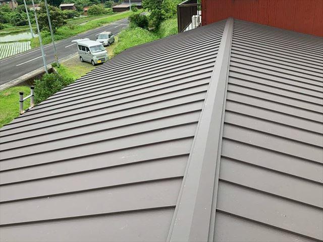 エスジーエル(金属屋根材)の屋根