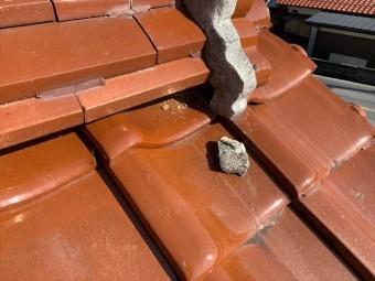 瓦屋根の漆喰の剝がれ