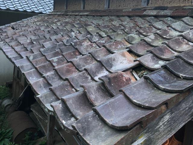古くなった瓦屋根