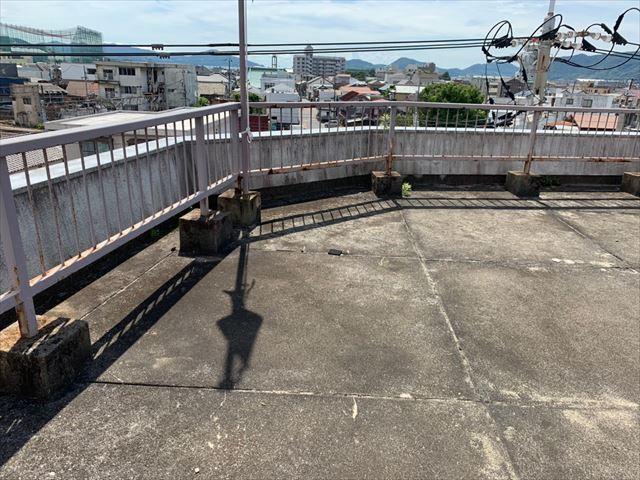 アスファルト防水の押えコンクリート