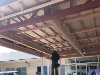 天井下地の施工作業
