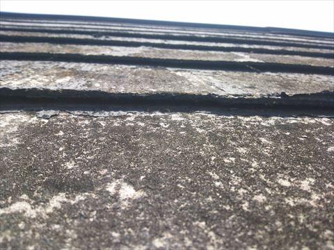 コロニアル屋根材のめくれ・浮き