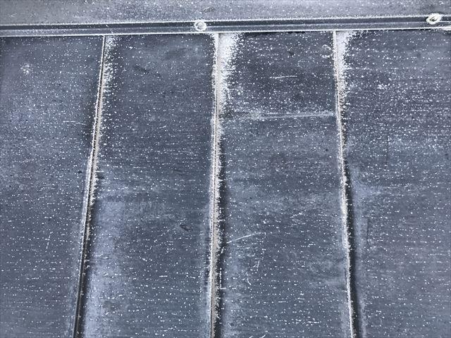 ガルバリウム屋根の白サビ