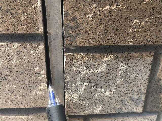 サイディング外壁のシーリングの隙間