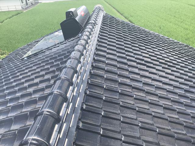 屋根の棟瓦