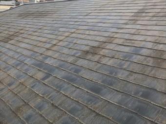 色褪せしたスレート屋根