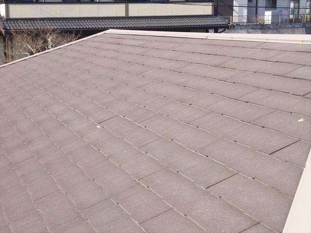 コロニアル屋根の色褪せ