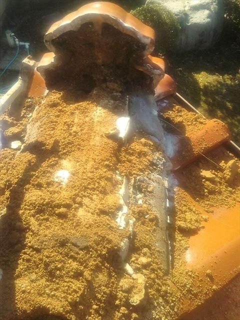 周南市にて瓦屋根の隅棟の取り直し工事を赤土を撤去してシルガードを使用し施工しました