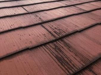 スレート屋根の重ね部分