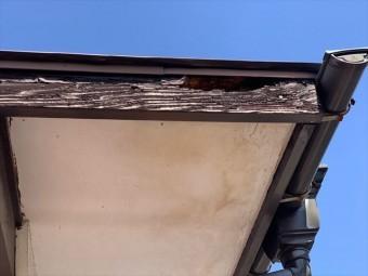 破風板の腐食 軒天雨染み