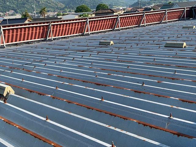 錆の発生した折板屋根